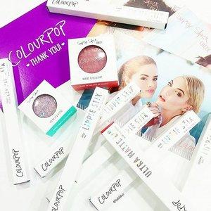 Yay! Our colourpop arrived!!! @beautyperkz 😍😍😍😍😍😍 💜💖💜💖💜💖💜 #colourpop #colourpopcosmetics #beauty #clozette #lipstick #blusher #eyeshadow