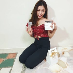 #GIVEAWAYALERT Good Wednesday morning everyone! Finally I have finished my products from @ly_beautystore and so here I'm sharing my review. LY beautystore is a one stop beauty store. They are the First Multibrandings Microbusiness with Levon where they have 5 brandings which are of Shero Ching, Lafre, Secret, Soslim ,Wouwou to our essential needs.  So I tried 3 brands out of 5. I must say I absolutely love the SoSlim gold flakes slimming gel and Shero Ching firming face mask. You can see my before and after result yourself. To find out more, do refer to my blog: https://ivianathui.blogspot.com/2019/07/ly-beauty-store-soslim-sheroching.html So the kind people are giving away 2 sets of their awesome products for 2 lucky winner to try!! How to win? Step 1: Follow @ly_beautystore & @ivianathui  Step 2: Tag your friends whom you think will like to try this products  Step 3: Repost on your story if possible Contest ends 28th July 0000hrs  Goodluck everyone! . . . . . . . . . . . #clozettebloggerbabes #clozetteco #clozette #potd #iviareview #iviaadvert #soslimreview #sherochingfirmingmaskreview #honeykissorganiclipgloss #contestsingapore #giveawaysingapore #contestsg #contestjunkies