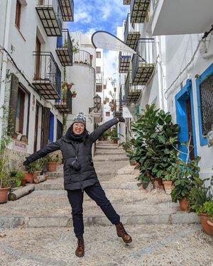 Mini Santorini in Spain  No filters required at all hahhaa #sopretty #spain #peniscola #clozette #sgig