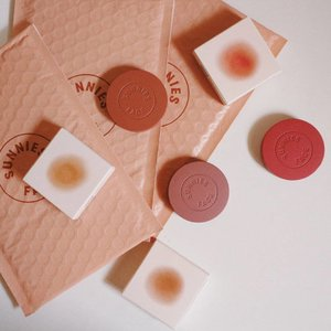 Sunnies Face Airblush verdict now up on the blog 💕  Link:  https://majvalencia.com/2019/05/30/sunnies-face-airblush-review-and-swatches/ . . . . . . . . #sunniesface #airblush #makeup #makeupph #newmakeup #makeupinmanila #makeuphaul #blush #clozette