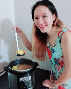 I've just received my Giselle Pressure Cooker from @shopee_my last week and I was so eager to try it, so I went to buy ingredients to cook ABC soup immediately! My verdict is, it was super easy to use and time saving because all it took to boil the soup is only 20 minutes instead of 2 hours 👍. Perfect for those who are constantly out of time but doesn't want to eat out because it's always healthier to cook your own. You just need to get it start cooking and go home to deliciously cooked food 😋  This is especially convenient when you don't have enough time to cook for your buka puasa meal. Just have to cook it before you leave the house and by the time you're home, it's done! I'm currently exploring more dishes. Do share me your recipes ya! 😘  To explore more appliances from Most Trusted Online Home Appliances supplier. @alphaliving_malaysia check out https://www.youtube.com/channel/UCaduKTWKMxTSbg7i_V0Ozhg or head to Shopee (link on bio). • • • #shopeeambassador #alphaliving #ShopeeMY #clozette #lifestylebloggers #shoppingqueen #onlineshopping #shopping #bloggerstyle #bloggerlifestyle #startuplife #motivation #businessowner #hustle #success #entrepreneur #businesswoman #entrepreneurship #entrepreneurlifestyle #businessowners #motivated #startup #successful #asianbabe #ulzzang #ulzzangstyle #오빠 #socialmediamarketing #positivevibes #positivelife