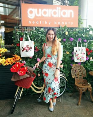 @GuardianMalaysia recently unveiled the 3 tote bags designed by talented actress, TV Presenter, model and successful entrepreneur who founded @NAELOFAR, Miss @Neelofa for its Exclusive Summer Collection 😍😍  Hurry and get them, while stocks last! More info can be found at www.tallpiscesgirl.com 🤗  #guardianmalaysia #healthybeauty #guardianxnaelofar • • • #clozette #ootd #bloggerstyle #bloggerlifestyle #bloggers #startuplife #motivation #hustle #success #entrepreneur #business #marketing #businesswoman #entrepreneurship #entrepreneurlifestyle #bossbabe #motivated #startup #successful #asianbabe #ulzzang #오빠 #thoughtoftheday #influencer #socialmediamarketing #positivevibes #positivelife