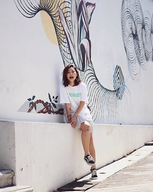Weather has been really hot! x #axdelwenthreads #clozette #lookbooksg #ootdsg #lookbookasia #ootdmagazine #lotd #igers #vscocamsg #streetfashion #sgigstyle #fashionigers #vscocamsg #igsg #chictopia #stylesg #igersingapore #stylexstyle #vscosg #lookbooknu #fashiondiaries #weheartit #fblogger #styleblogger #streetstyle #sgstreetstyleawards #throwback #stylesearch 📷: @christyfrisbee 💕