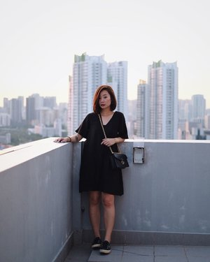 Just the same rooftop, on the other side x #axdelwenthreads #clozette #lookbooksg #ootdsg #lookbookasia #ootdmagazine #lotd #igers #vscocamsg #streetfashion #sgigstyle #fashionigers #vscocamsg #igsg #chictopia #stylesg #igersingapore #stylexstyle #vscosg #lookbooknu #fashiondiaries #weheartit #fblogger #styleblogger #streetstyle #sgstreetstyleawards #throwback #stylesearch 📷: @christyfrisbee 💕