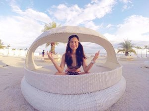 Zen 😌🍃 How I wish I can unwind like this real soon 😔 #tb #mactan #clozette #wanderdemmie