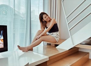 Missing my staycation with @studiomhotel already 😍😍 Pop over to see how you can win for yourself a 2D1N Studio Loft Staycation and an Instagram worthy seashell float!! Contest ends 30th August 2019 . . . . . #clozette #ootd #ootdsg #stylexstyle #lookbooksg #outfitoftheday #outfitinspiration #oo7d #igaddict #igers #instadaily #outfittoday #sgfashionistas  #FashionAddict #fashiondiaries #ootdfashion #ootdsocialclub #sgfashion #sginstagram #peoplescreative #visualsoflife #exploresingapore
