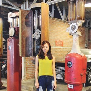 Taken at Talad Rod Fai in Bangkok. A must visit if you're in BKK! Irrelevant but it's the start of cheer training for the whole week.... 💪💪💪 #clozette #ootdcampaign #vogueverve #stylexstyle #ootdsg
