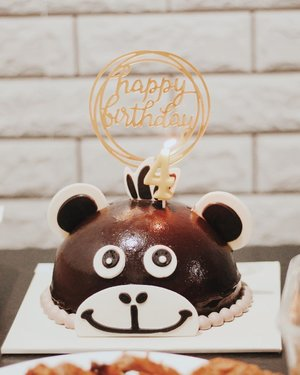 Cute cake from @boulangerie22 🐒🐵🙊 #Lateupload #boulangerie22