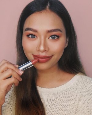 """Going to work but my face is ready for a weekend stroll. Full lips wearing my fave new lippie from @maybellinephshop Creamy Matte City Heat (The Brick Collection) in the shade of Midtown Pink! 💋💕 Love how this """"pink"""" is wearable and not too bright!  #MaybellineCityHeat #maybellineph #sp"""