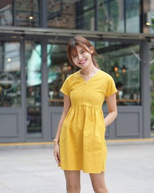 Oh you mustard! 😂 Babydoll dress from @anticlockwisesg #maybelineootd