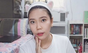 "Just me being ME. 😉 - Managed to upload another skincare video (yahoo!). It's a 3-minute skincare routine, using products from my fave local brand @skinpotions ♥️ Though not really posting much, coz my usual routine (for the past week) was house ➡️work ➡️ house (repeat). By yeah, will definitely sneak out for some ""sun"" this April (promise!). Still, hope you guys are enjoying my recent videos—the channel is growing, and I can't THANK you all enough! . - Did you know that I've also announced the WINNER of my  @annacay #airblendersponge? Check out the link in my bio (and watch till the end) 😋 . . . #missgdiaries #missgblogs #skinpotionsgirlgang #beauty #clozette #clozetter #igers #bloggers #abcommunity #vloggers #bloggersph #heymanila #ig #youtuber #skincare #skinlove #skin #face #clearskin"