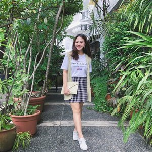 It's been awhile since I last did a proper #ootd 😂 thankyou @nwaf_sloth for this 💓 - - - - #clozette  #twrootd