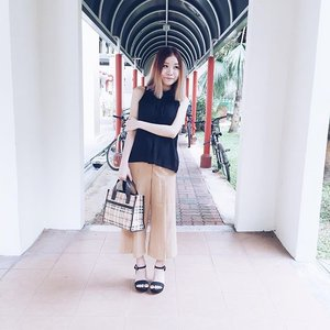 Today's ootd! Happy new year! 🍊 #melissalsl #ootd #sg #clozette