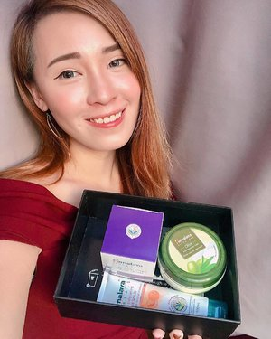 "The sun has been so harsh on my skin☀️ Thankfully, @blackboxsg sent me the Exclusive Himalayas Herbal set which contains 3 amazing products! • Olive Extra Moisturizing Cream | Lightweight and hydrating, the Himalaya Olive Extra Nourishing Cream combines the richness of Olive Butter fortified with natural Plant Ceramidwes from Rice Bran to deliver the perfect skincare companion for dry skin. The cream provides long lasting moisture, allowing you to get doubly hydrated skin after regular use for 1 week! • Revitalizing Night Cream | I combine this with the Revitalising Night Cream, a deep- penetrating, luxurious cream that works overnight with the skin's natural renewal cycle. It contains two key ingredients: White Lily is rich in antioxidants which help to neutralise free radicals and repair daily damage and Tomato fruit is rich in flavonoids and AHAs (Alpha Hydroxy Acids) that help in cell renewal.  In order to ensure that your skin is ready to ""drink"", make sure you also use the Gentle Exfoliating Apricot Scrub which exfoliates dead skin cells and blackheads and unclogs pores. It has Apricot kernel granules that gently scrub the skin to remove dead skin cells and blackheads. Wheat Germ Oil, rich in natural Vitamin E, moisturises the skin, and Crab Apple provides nourishment for healthy, glowing skin.  Achieve your desired skin and look your best with Himalayas Herbal!  @blackboxsg @himalayaherbalsg #blackboxsg #himalayaherbalsg #clozette #herworldbeautyclub #sgbeautyblog"