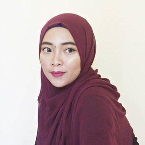 Lady in purple 🌼🌸 . . . #ErnysJournalMakeup #ClozetteID #Clozette #Makeup #JogjaBloggirls #HijabMakeup