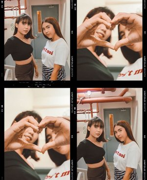 So tell me, what is it you truly desire? Shopping!  Doing the heart challenge with the bff @janninepacia 💕 Lazada's Mid-Year Festival is happening today. Get ready to load up your shopping carts and catch million deals that make your heart desires. Click the link on my bio and enjoy shopping! @lazadaph #LazadaMYF #MidYearFestPH
