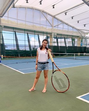While my boys having their fun time, I'm having mine too!  Can I have one of this huge racket? #wearingwrongshoes #clozette