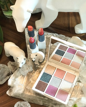 #Swatches of the @chantecaille Spring 2019 #makeup collection are here! I've swatched the Polar Ice #eyeshadow #palette, which have 9 #eyeshadows that are glittery but not too OTT, although they're all pastels so that may or may not be your cup of tea. I've also swatched the 3 Lip Cristal #lipsticks. The #lipstick shades also benefit charity (a feature of most #chantecaille collections). This time, the beneficiary is the Attenborough Foundation, and proceeds will go towards planting trees in Kenya to combat global warming. . . . #clozette #beauty #cosme #chantecaillebeauty #chantecaillesg #chantecaillemakeup #luxurybeauty #luxurymakeup #naturalmakeup #naturalbeauty #spring2019 #nofilter #eyeshadowpalette #eyeshadowpalettes #decor #decoration #flatlay #makeupobsessed #makeupaddiction #makeupjunkie #makeupaddict