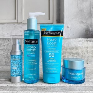 """🦁🦁🦁 Have you guys seen the latest drop from Neutrogena Hydro Boost™ line in SG? Let me share with you a little tidbit about this Hydro Boost™ line. Formulated with high purity Hyaluronic Acid and antioxidant-rich Olive Extract, the Hydro Boost™ line claims to help skin achieve """"5 dimensions of ideal healthy skin of hydration, luminous, bouncy, firm and smooth"""". Below are some key features to individual products shown. --------------------------------- Hydro Boost™ Capsule in Serum - Capsulated antioxidant replenishes nutrients and minerals to aid in skin recovery and strength. Suspended in Moisture Sensor Complex serum, the skin barrier is further strengthened, fortified, and effectively locks in moisture. --------------------------------- Hydro Boost™ Water Gel Cleanser - Refreshing gel-textured cleanser that removes makeup while supplementing skin's moisture level. Free of soap and oil, this cleanses without disrupting the natural barrier. --------------------------------- Hydro Boost™ Water Gel Lotion SPF50 - Moisture-rich silky lotion with Helioplex® Technology that provides powerful broad spectrum UVA and UVB protection. --------------------------------- Hydro Boost™ Hydro Gel - Award-winning moisturizer in a refreshing gel texture. Aided by Moisture Sensor Complex, this gel moisturizer hydrates the skin intensively, locking in moisture and replenishing it throughout the day. --------------------------------- Honestly, I am so happy to see that Neutrogena Singapore is working hard to bring in products from other offices. If you are like me, keeping tabs on other countries' launches, you'd know that there are a lot more goodies under the Hydro Boost™ line, so I am keeping my fingers crossed that SG will continue to bring in the newer releases that caters to the needs of locals. —— #NeutrogenaSG #NeutrogenaHydroboost #NeutrogenaHydroBoostWaterGel #NeutrogenaHydroBoostCapsuleInSerum #NeutrogenaHydrationKit #HydroBoostSquad #SponsoredProduct"""