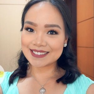Full glam makeup FOTD and review on some products I used to achieve this look up on the blog. @pixibeautyph @itsjudytime @thesaem.ph @etudehousephilippines @altheakorea 😊 Check it out at yellowyum.com. ❤️ #yellowyum #msyellowyum #beauty #beautyph #beautyblogger #beautybloggerph #bblogger #bbloggerph #manilablogger #lifestyle #lifestyleblogger #pinayvlogger #blogger #bloggerph #youtube #youtuber #youtuberph #vlogger #vloggerph #clozette