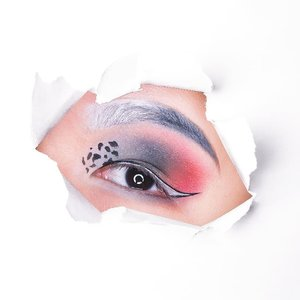 🎵🎶Cruella de Vil, Cruella de Vil🎶🎵 A look inspired by the colours of the villain in 101 Dalmations! Which villain-inspired look would you like to see next? ■■■■■■■■■■■■■■■ Products used: ❤ White liner: @stilacosmetics Waterproof Liquid Liner in Snow ❤ Black liner: @clinique @cliniquesg Pretty Easy Liquid Eyelining Pen ❤ White and grey shadows (on the brows as well): @katvondbeauty Pastel Goth Palette ❤ Black shadow: @urbandecaycosmetics Naked 2 Palette ❤ Red shadow: @colourpopcosmetics Element of Surprise Palette ■■■■■■■■■■■■■■■ #clozette #discoverunder100k #sephorasg #eyeshadows #eyemakeup #makeupporn #makeupaddict #makeupdolls #cruella #makeuplook #makeupblogger #makeuplove #motd #bbdaretoshare #beautygram #makeuptalk #featuredmuas #wakeupandmakeup #xobeauty #avantgardemakeup #undiscovered_muas #blazin_beauties #festivalmakeup #underratedmakeupbabes #theartistedit #100daysofmakeup #atarahmayhew #wamfam #undertheradar_makeup #sgmakeup