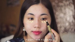 Menjawab tantangan dari @yuliafirstian aku memilih untuk jadi #TeamGrownUps @jacquelle_official sound on ya supaya bisa denger my honest review💖💖 overall aku suka karena kualitasnya bagus, halus, dan mevvah. Nah sekarang aku tantang @irmafrz untuk jadi team grown ups jugaa! . Makeup : @catrice.cosmetics Anti Dark Circle Concealer, Super Black Liner, Glam n Doll Mascara @focallure Birght Lux Palette @lagirlcosmetics @lagirlindonesia Metal Liquid Lipstick Galvanize  @indobeautygram @indovidgram @tampilcantik  #jacquelle#ivgbeauty #indobeautygram #tampilcantik #beautyjunkie #beautyjunkies #instamakeupartist #makeupporn #beautyaddict #beautyenthusiast  #makeupjunkie #makeupjunkies #beautyvlogger #wakeupandmakeup #hudabeauty #featuremuas #undiscovered_muas #hypnaughtymakeup #clozette #clozetteID
