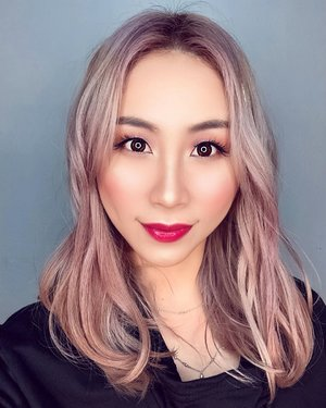 """New hair. Who dis? Thank you to @katherineseakx99 @99percenthairstudio who always taking care of my hair 😘  I am using @freshkon_singapore daily lenses in """"Winsome Brown"""" and now you can get your @capitolopticalsg  2nd pict, I am using  STAR AURA COVER CUSHION Shop here 👇🏻 http://hicharis.net/ladiesjournal/fwE  #ssk #seouleuni #startauracovercushion #cushion #charis #hicharisofficial #hicharis #charisceleb @hicharis_official @charis_celeb  #ladies_journal #clozetteid #clozette #motd #makeup #beauty #selfie #hair"""