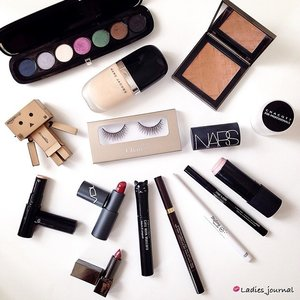 Have a great Sunday 😘 Lashes from @chareelashes #chareelashes #ladies_journal #clozette #clozetteid #marcjacobs #burberry #danbo #tomford #nars #chacotte #vdl #cdp #tonymoly #etude #starlash
