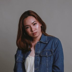 Denim madness and dat glow ✨✨ 📸 by: Jascha Sarmiento & @paulineazores  MU by: @venusmolina  Styled by: Regina Dionela and Jennise Manuel #CCATTMODELS