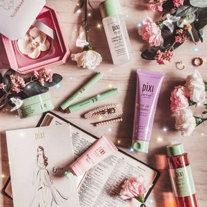 Recently started on the @pixibeauty skincare range and I am sold! They come in super chic packaging too, I feel happy just looking at these colors 🦋 I'd recommend these: 🦋 hydrating milky makeup remover: gentle makeup remover that does the job! 🦋Retinol Jasmine cleanser 🦋Endless shade stick: v good for lazy girls like me cause u don't need a brush . #pixi #pixibeauty #pixibypetra #pixibeautysg