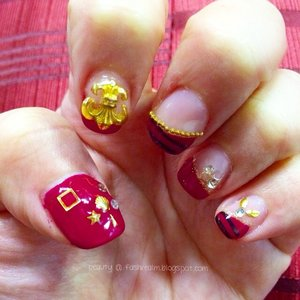 Go #luxe with opulent Gold in grandeur Rose Red for this season @yourhighnessnail! #nailart #gelishnailart #gelishnails #instablog #instabeauty #sgbeauty #beauty #beautyblog #beautyblogger #clozette #sgblog #sgbloggers #beautifulnails #luxesg #luxenailart #beautifulnailart