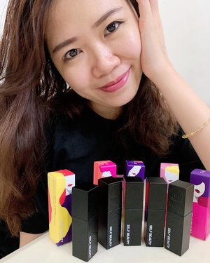 The Glam Up Moisturizing Lip Tint.  Watch out for the next post today's evening got the swatches! Matte black packaging with fruity scent is what I can comment now before the swatches yo!  RM 46 each! http://hicharis.net/sherlynshuxian/g3i . . . . . . . . . . . . . . . @charis_celeb #charisceleb #koreanskincare #beautyblogger #beautyaddict #beautytrend #instabeauty #clozette  #beautygram #beautyjunkie  #beautyflatlay #beautyreview #ig_malaysia #bblogger #skincareroutine  #igbeauty #beautyhub #igmy #asianbeauty #asianbabe #asiangirl #beautycare #kbeautyaddict #kbeauty #Koreanbeauty #koreanskincare #beautywithanedge #beautyhaulstore