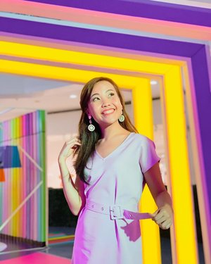 🌈ain't no rain in my parade, only rainbows🌈 • • A spectrum of colors await you at @smnorthedsa's Futuregram! 🌈Make sure to prepare your cameras and phones, cuz you'd definitely want to make the most out of their awesome booths inspired by @stabiloph's colorful pens and highlighters like this rainbow pathway! 😍 #FutureGramAtSM #SMxStabilo #FutureGramAtSMNorth