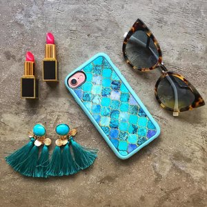 Wishing I was on my way to Morocco for the holidays. But instead I have other plans which I can't wait to share soon. Until then I'm dreaming of that holiday with this gorgeous case @casetify 😎✨💕.. Where are you off to this summer? . . . . . . . . . #casetify #styleblogger #sgfashion #sgbloggers #ambstyle #flatlays #onthetablesg #flatlaystyle #onthetable #flatlayoftheday #tomfordsg #fendisg #lovisajewellery #livecolorfully #clozette #lovelysquares #thatsdarling #fwis #thehappynow #petitejoys #stylexstyle