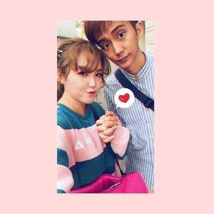 Swipe left 👈🏻 #couplesgoals #cny #hello #seollal #ootd #ootds #altheaangels #altheakorea #kbeauty #clozette #fila #igsg #cny #selca #selcagram #converse #keds