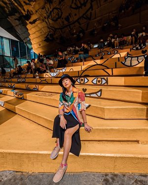 Orange you glad we're friends? 🤪🍊🧡 . . . . #ootd #clozette #coordinatesoffrisbee #lookbook #lookbooksg #igers #igsg #sgblogger #fashionblogger