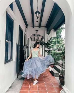 any fellow dancers here? 🙋🏻‍♀️🙋🏻‍♂️ let's just get to the POINTE - why walk when you can dance? 😉💃🏻 ::: #clozette #ootd #fashiondiaries #lookbooksg #igsg #sgblogger #stylediaries #fashioninsider #sgfashion #ootdsg #styleinspo #ootdmagazine #ootdfashion #potd #stylexstyle #picoftheday #ootdfash #photooftheday #photodaily #bblogger #blogger #fashionista #style