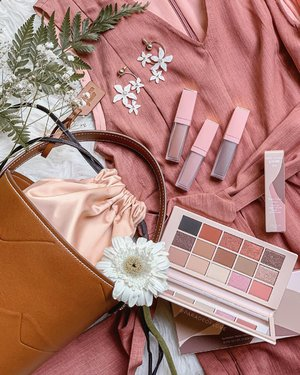 Nude for days! Who's up for some natural #makeup? @esteelauder by Violette has done it again and this time, we see softer hues great for everyday looks! Swatches next? 🧡 Oh, and how cute is that bucket bag from #EsteeLauderSG?! 😍 Collection available in-stores and on @sephorasg. . #clozette #EsteeLauderxViolette #makeupoftheday