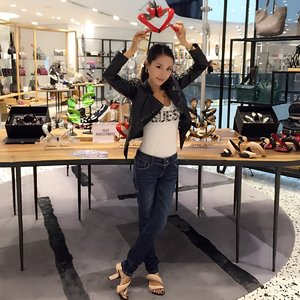 Give u a heart! Give u a pairs of shoes 💝💝💝👠👠👠