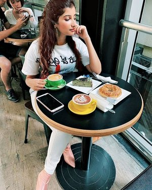 But first coffee.. How's your weekend? . 📸@sugarsweetciouz . . . . #malaysianblogger #igersmalaysia #plixxoblogger #malaysianinfluencer #ig_coffee #butfirstcoffee #bloggergirl #contentcreator #styleblogger #tablesituation #cornersofmyworld #lifestyleblogger #flashesofdelight #enjoythelittlethings #petitejoys #summerstyle #ipreview via @preview.app #clozette #ifmy #ootdmagazinemy