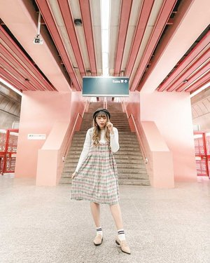 Cutest station ever! 💖 . 📷 @williamiskandar . . . . . . #VisitSingapore #redhillstationsingapore #redhillstation #singapore #travel #passionmadepossible #clozette #clozetteid #singaporeguidebook