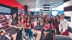 Had such a blast with everyone at the #GuerlainXPamperMY Beauty Workshop last weekend ❤️ . Thank you to everyone who came out and much love to @guerlain , @pamper.my and @kennyyeemakeup for making it such a wonderful event 😘❤️✨ . #GuerlainMY #GuerlainLovers #Guerlain @sephoramy #sephoramy #beautyworkshop #FallMakeup #beauty #makeup #underratedmuas  #undiscovered_muas #makeupartistsworldwide #instabeeyou #instabeauty #wakeupandmakeup #makeupobsessed #makeupartist #makeuplooks #makeuplife #fiercesociety #favfulfeatures #makeup2019 #clozette