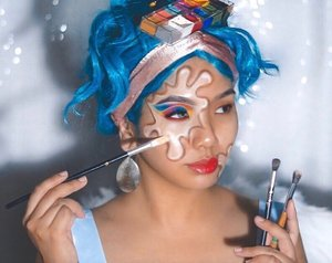 The Artist Edit 🎨 . Less than a week to go you guys! Still can't believe that it's near the end of the year already, but hey, here is the 1st look up for Halloween! Was actually planning on posting this look for you guys last week, but it's been a pretty busy couple of days on my end, especially since Deepavali is around the corner as well 💁🏻‍♀️✨ . But anyway decided to play tribute to the power of makeup, because it has always been such a wonderful form of art & expression for me; and if you guys have been with me for awhile, you know that I absolutely love playing with all forms of tones too 💛🧡❤️💜💙💚 . So I hope you guys enjoy this little splash of color; but in the meantime, full product details will be listed below for easier reference as well ❤️ . Products Used: @etudehousemalaysia Glow On Hydra Base @kohgendo_malaysia Moisture Foundation @breenabeauty Blending Pearl @urbandecaycosmetics Naked Skin Weightless Full Coverage Concealer @maybelline Fit Me Set + Smooth Pressed Powder @anastasiabeverlyhills Dipbrow Pomade @makeupforevermy Flash Palette @smashboxcosmetics Cover Shot Bold Palette @maybelline Hyper Sharp Liner @lashbarmalaysia Lashes In Code A7 @lorealmakeup Rouge Signature in shade 129 . #sephora #sephoramy #beauty #loreal #urbandecay #makeupforevermy @sephoramy #makeuptutorial #makeupart #beauty #makeup #halloweenmakeup #undiscovered_muas #makeupartistsworldwide #instabeeyou #instabeauty #wakeupandmakeup #penmyblogmakeup #fiercesociety #favfulfeatures #clozette