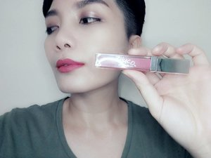 One of my favourite shades is Zhuco Cosmetics Matte Lippie Cream in #03 Summer. Find out more about my experience with Zhuco Cosmetics Lippie Matte Cream at 💋www.dayverampas.com. #clozette #zhucocosmetics #lipstick #sabahan #sabahanblogger #autumn #summer #amor #diva #lippie #review #bblogger #beautyblogger #product #review #juicywasabi #ricedolls #makeupjunkie #wakeupandmakeup #malaysianblogger #asianblogger