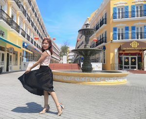 How did y'all spend the long weekend? 💃 • • • #whatrinnwore #throwback #malacca #melaka #rivieramelaka #clozette