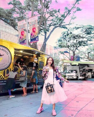 Walking along Orchard Road after a face threadlifting session at @thecliffordclinic by @drgerardee and without makeup.  Feel so liberating… lol!  Orchard Road, Singapore's busiest shopping district, takes on a different light at NAO (@nightatorchard) over the weekend.  I checked out special curated stalls selling artisanal goods from local designers and crafters, on top of food trunks with special highlights from the @MandarinOrchard Food Truck such as the signature Mapo Tofu from 2 Michelin-Starred restaurants Shisen Hanten by Chen Kentaro!  Luckily I wore my new lavender @batasingapore @power_footwear Power Mello sneakers with soft and breathable stretch-knit upper and air-infused pods in the outsole, making it comfortable for me to walk from one end of Orchard Road to the other end.  Ootd by @joopboutique and @gucci . . . 📷 by @ivannavich . . . .  #NAO #orchardroad #singapore #shopping  #threadlifting #lookyounger #cliffordaesthetics #cliffordclinic #beauty #beautyblogger #beautyguru #beautyblog #skincareblogger  #powermello #MarshmellowSoft #powerfootwear #shoes #sneakers #ootd #fashion #styleblogger #fashionblog #lookbook #outfitoftheday #fashionstyle #fashiondiaries #fashiongram #clozette #mselaineheng