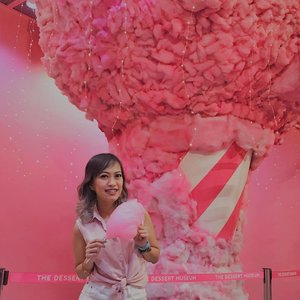 "Last Hurraaah!!🥺Giant Gummies Room, Cotton Candy Forest, and Ice Cream Room will say goodbye this month😱 Get 50% off by using ""BYESWEETIES"" as a discount code until tom Mar 23, 3019. BOOK NOW!😍 #memyselfandi #happyheart #smile #wanderlust #blogger #bloggersph #girlblog #girlblogger #bloggersofthephilippines #bloggersofig #igers #igtravel #igpost #yolo #livelifetothefullest #clozette #yolo #dessertmuseum"