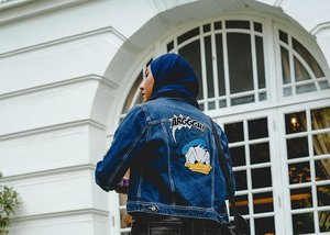 Not mad about this denim jacket 🦆 | Get a load of duck in the latest story on THEGOODWEEKENDER.COM #clicklinkinbio