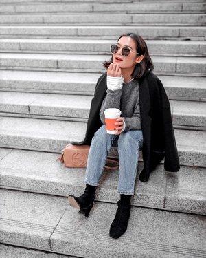 The best feeling on a cold morning is when having a hot coffee ☕️ . . . . . . . . . . . . . . . . . . . . . . .  #coffeedaily #coffeevibes #koreatrip #korea🇰🇷 #koreatravel #fashionblogger  #fashionpic #clozette #korea #koreangirl #koreanfashion #winteroutfit #winter #winterfashion #winterstyle #wintervibes #winter❄️ #wintercollection #ootdwinter #ootdfash #koreacoffee #girlslovetravel #coffee☕  #coffee_time  #coffeequotes  #coffeetime☕️