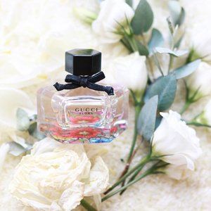 Shopping for the right fragrance is like shopping for the right blush. It's subtle, yet it makes all the difference. Something light, floral and girly is found in this perfect little bottle of @Gucci Flora. It's so amazing that I cannot get enough! Discover more of the fragrance from the link in my bio! #gucciflora #clozette @clozetteco